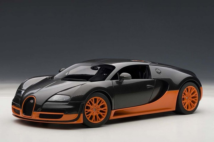 BUGATTI VEYRON SUPER SPORT CARBON BLACK/ORANGE SIDE SKIRTSBY AUTOart