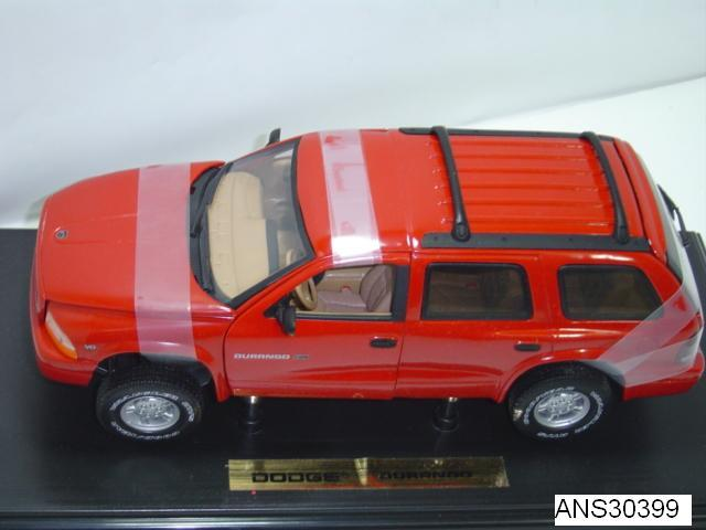 DODGE DURANGO 1:18 by ANSON RED