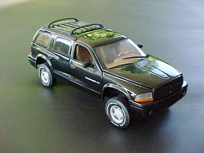 DODGE DURANGO 1:18 by ANSON BLACK