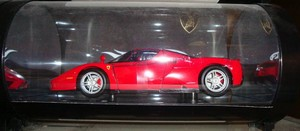 Ferrari Enzo RED Hot Wheels SHOWCASE EDITION 1/18th Scale