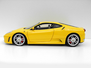 Ferrari F430 Hot Wheels SHOWCASE EDITION 1/18th Scale