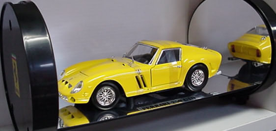 Ferrari 250 GTOYellow Hot Wheels SHOWCASE EDITION 1/18th Scale