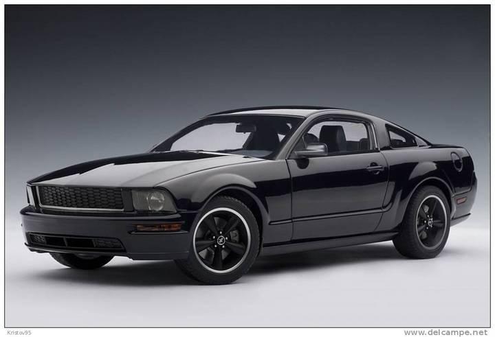 2008 Ford Mustang Bullit BLACK 1/18 Scale AUTOart RARE