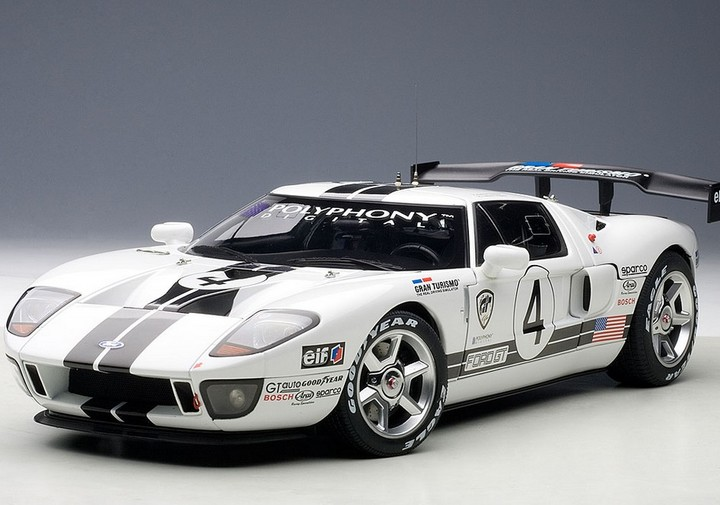 2005 FORD GT RACING WHITE WITH BLACK STRIPES SPEC II by AUTOart 1:18 NEW RELEASE