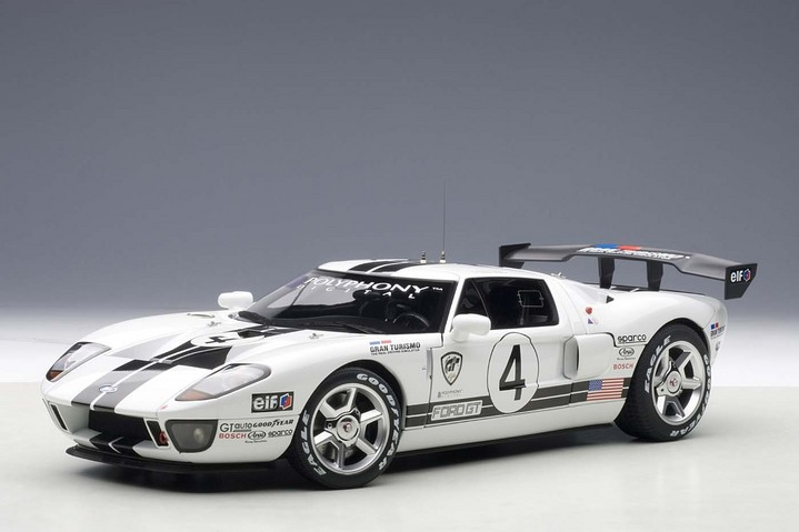 2005 FORD GT LM RACECAR SPEC II WHITE WITH BLACK STRIPES