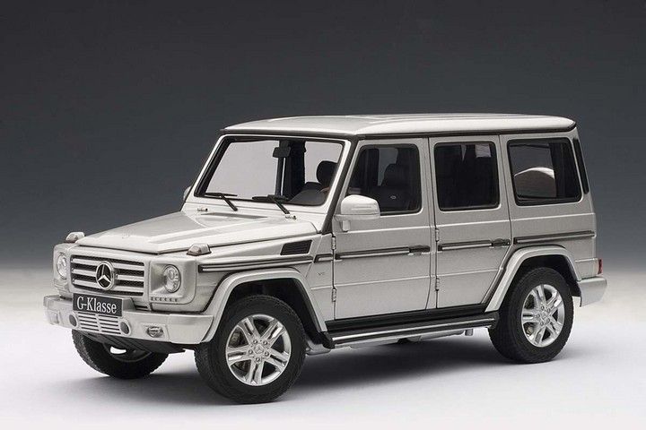 2012 MERCEDES-BENZ G500 SILVER by AUTOart #76217 BRAND NEW IN BOX