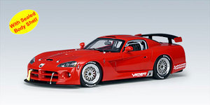 DODGE VIPER COMPETITION CAR 2004 PLAIN BODY VERSION (RED) 1/18 Scale by AUTOart