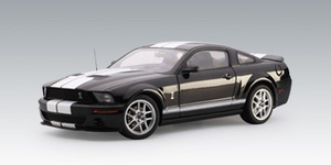 Ford Mustang Shelby GT 500 (2007) Black White Stripes PRODUCTION Version 1/18th Scale byAUTOart