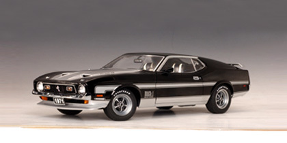 SALE Ford Mustang Mach 1 Coupe (1971) Black 1/18 Scale by AUTOart SALE