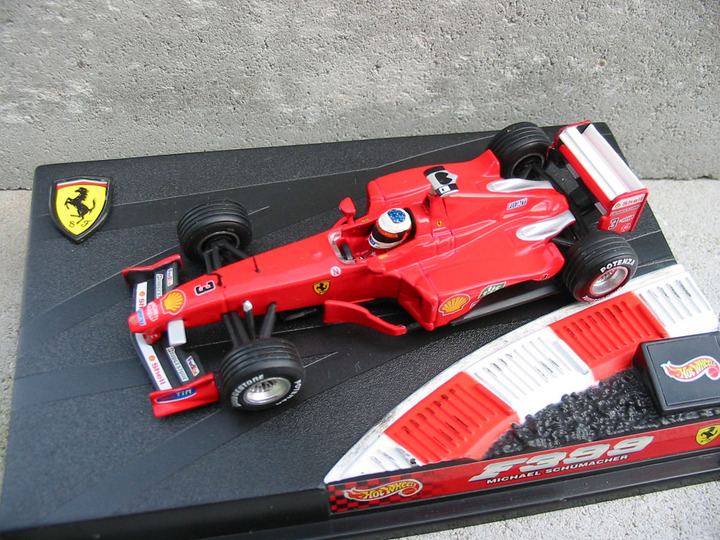 Ferrari F399 Michael Schumacher Formula 1 by Hot Wheels