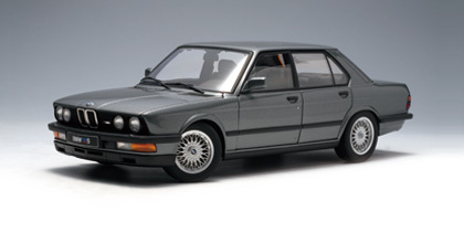 BMW M5 1987 Shadow Line Dolphin Gray 1;18 by AUTOart VERY RARE