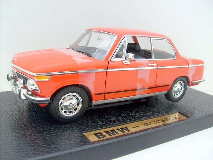 BMW 2002 Tii (1974) ORANGE 1/18 Scale by ANSON #30386  NEW IN BOX MINT CONDITION