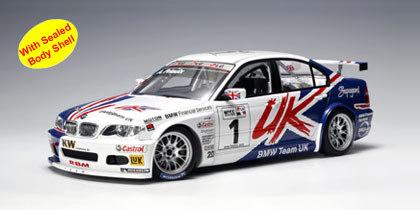 BMW 320i (E46) WTCC 2005 A.PRIAULX #1 1:18 by AUTOart #80544