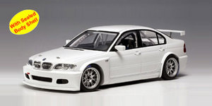 BMW 320i (E46) WTCC PLAIN BODY VERSION (WHITE) by AUTOart #80548