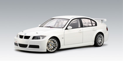 BMW 2006 320i WTCC Plain Body White 1:18 Scale Diecast Autoart #80646