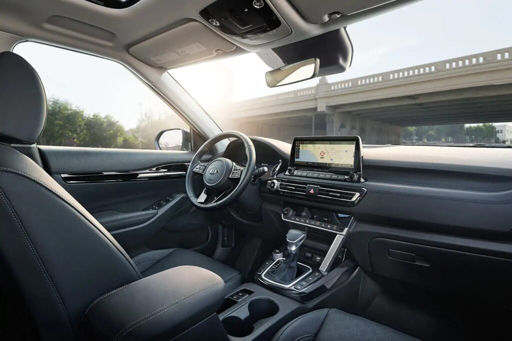 2021 Kia Seltos SX Turbo Interior