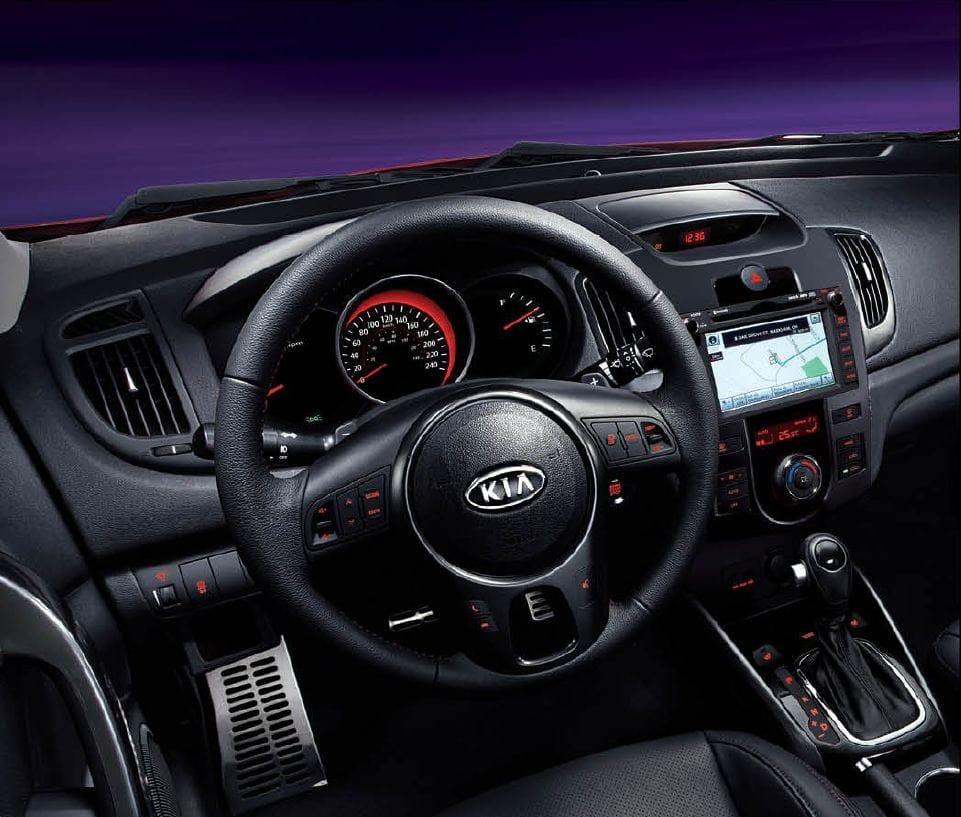 2013 Kia Forte Dashboard
