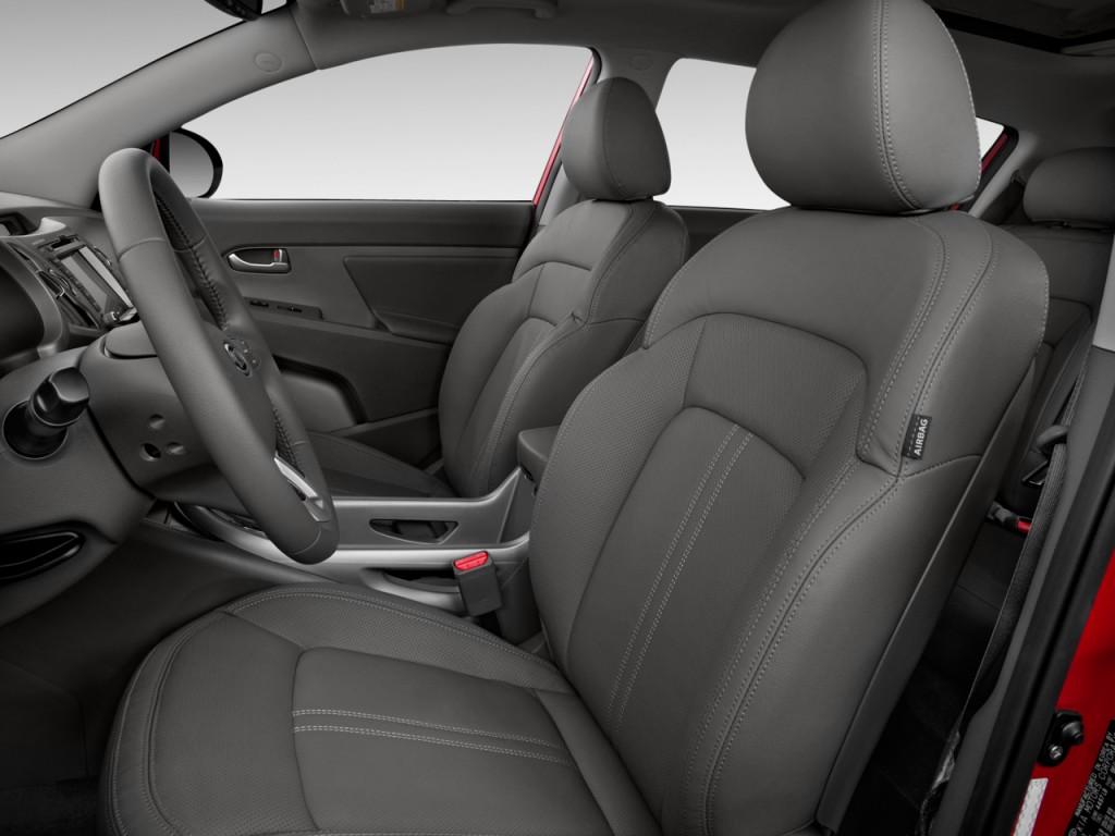 2013 Kia Sportage Interior