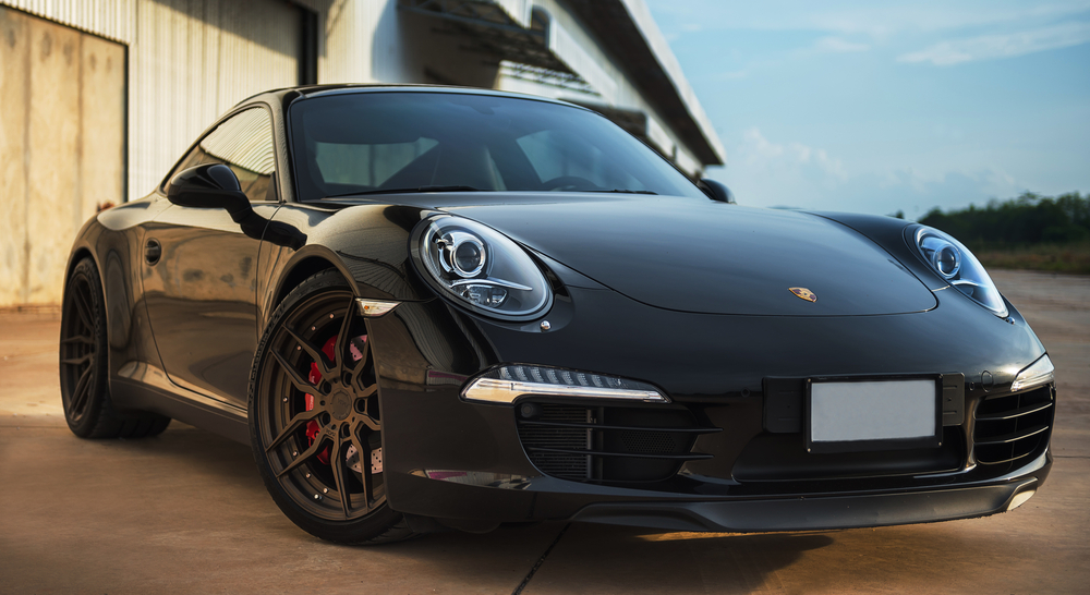 Black Porsche 911