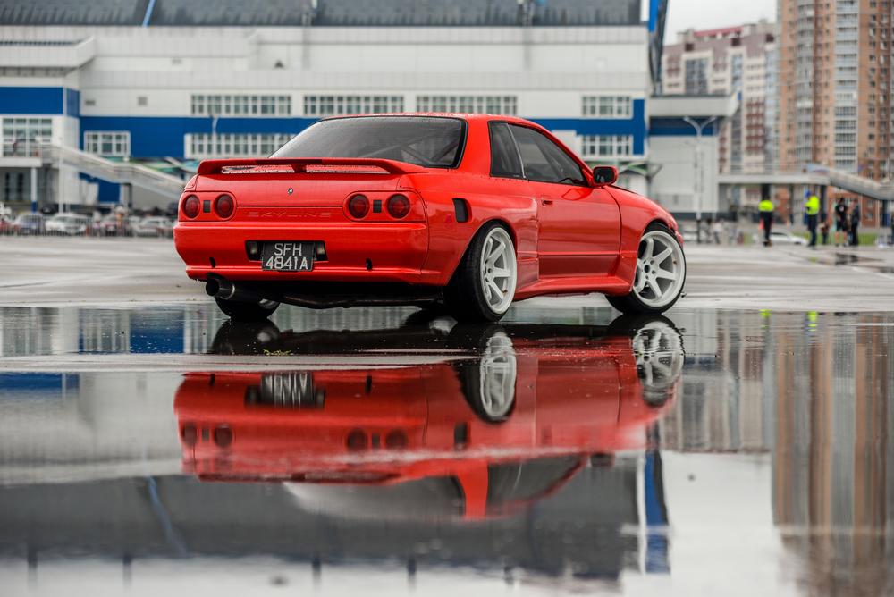 red gtr r32
