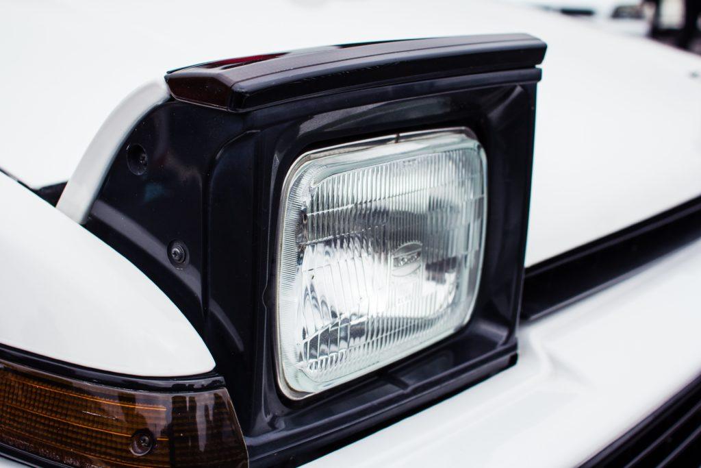 toyota-trueno-headlight